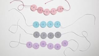Gift tags with cirlces and names