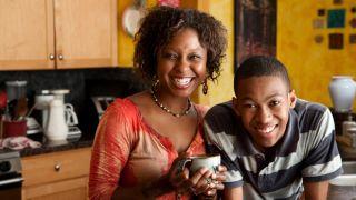 Sungle parent, happy kids