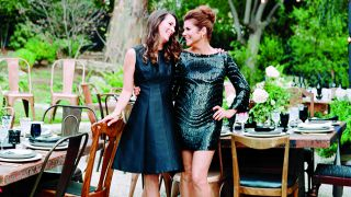 Tiffani Thiessen hosting a dinner party with her sister-in-law Jill Smith