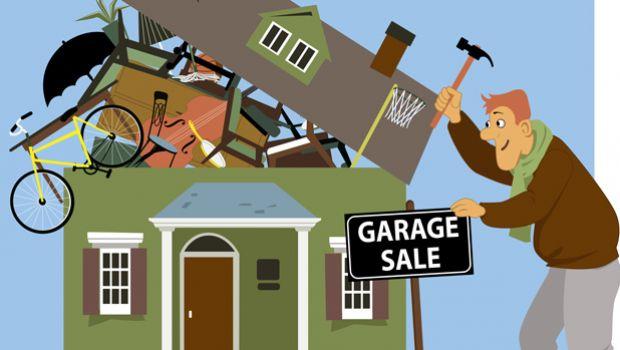 House having garage sale