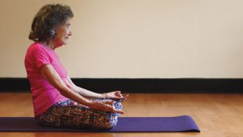 Tao Porchon-Lynch still practicing Yoga at 99